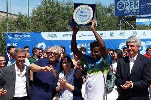 premiazione-Ymer-Barletta-tennis